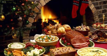 Новогодние обряды для привлечения денег, любви и удачи в год Петуха