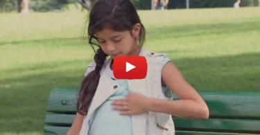 Розыгыш - беременная девочка