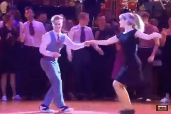 Вот так надо танцевать!